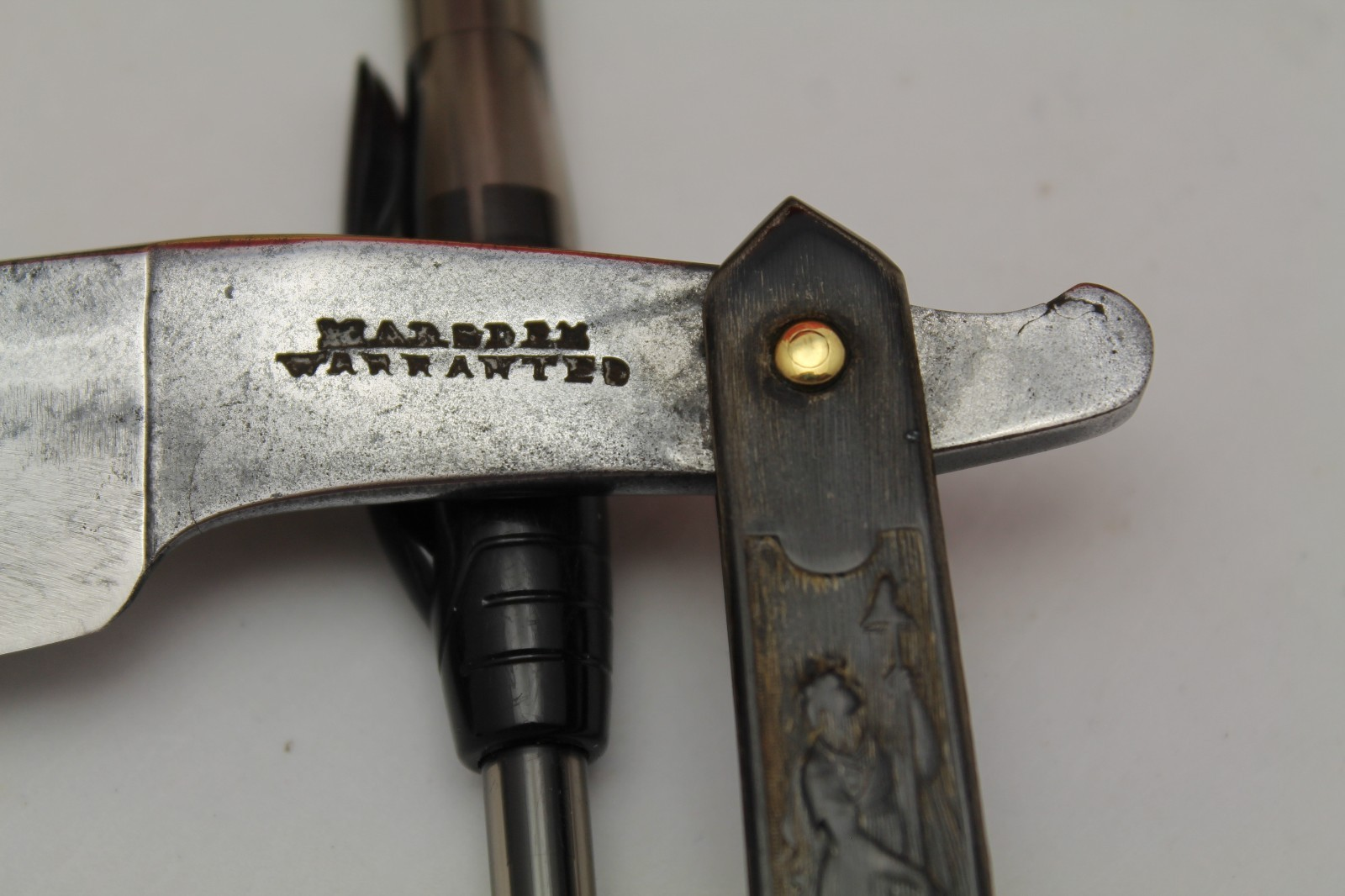Marsden, pressed horn