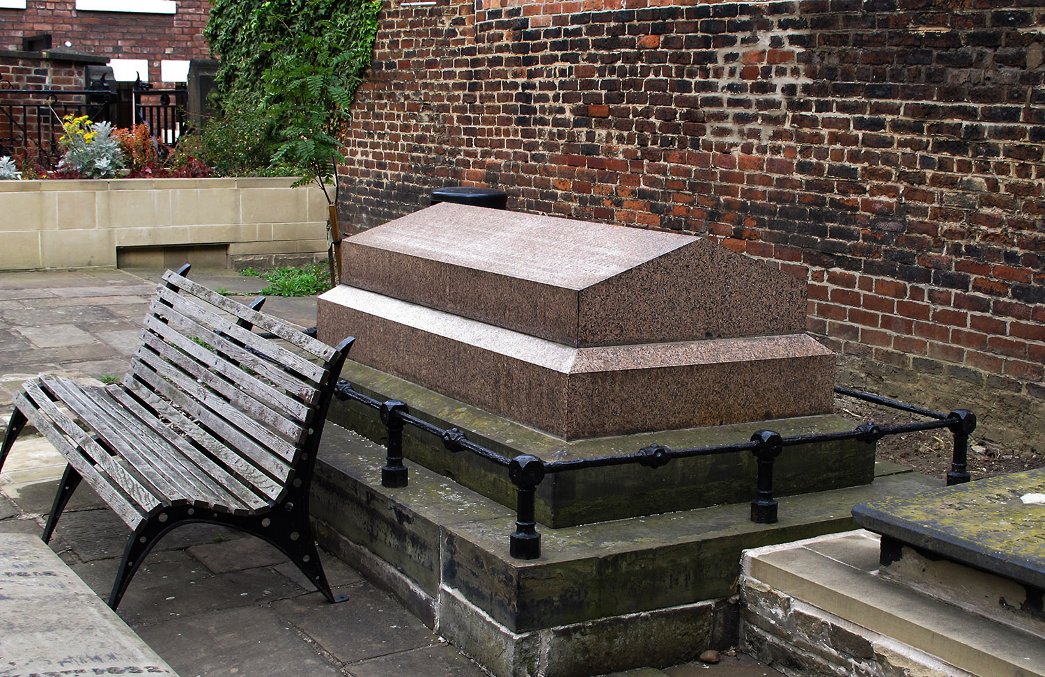 Tomb of William Greaves